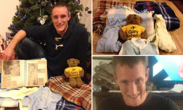 HISTORI PREKËSE! Djalit që u braktis në tualetin e aeroportit, gjen familjen e tij pas 33 vitesh