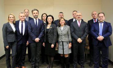 TAKOHET ME ANTARËT E KLP/ Yuri Kim: Përgëzime për SPAK dhe prokurorët e rinj, SHBA ju mbështet