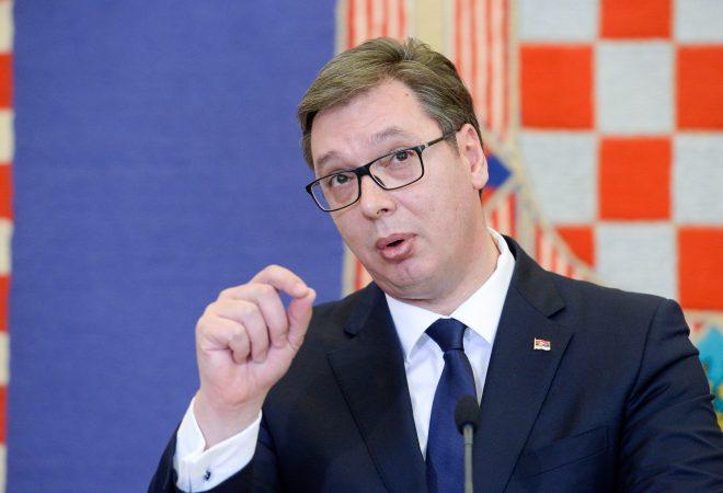 """""""JAM KUNDËR…""""/ Vuçiç: Protestat synuan dobësimin e pozicionit të Serbisë para takimeve në Paris dhe Bruksel"""