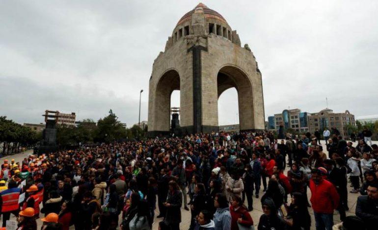 STËRVITJE KOMBËTARE NË MEKSIKË/ Simulohet tërmeti i fuqishëm, më pak se një minutë për…