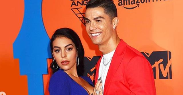 """""""GËZUAR DASHURIA IME""""/ Georgina feston ditëlindjen dhe Ronaldo na emocionoi me urimin e tij"""