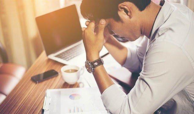 KËRCËNIM SERIOZ PËR SHËNDETIN/ Ja si reagon sistemi ynë nga stresi financiar