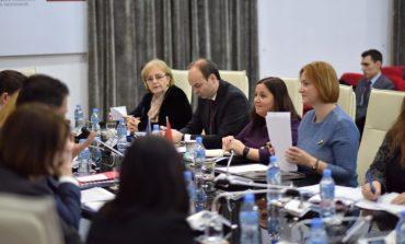 TAKIM ME PËRFAQËSUESIT E KOMISIONIT EUROPIAN/ Denaj: Progresi me reformat ekonomike, siguri për hapjen e negociatave
