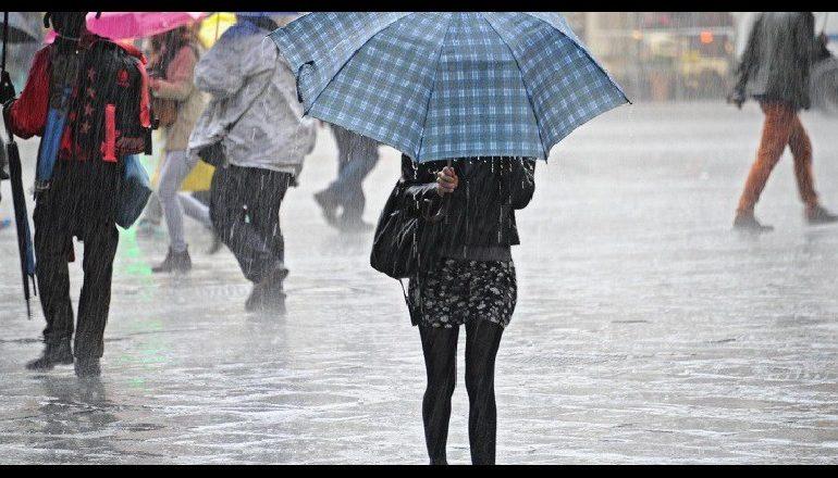 ULEN TEMPERATURAT/ Reshje shiu në të gjithë vendin, njihuni me parashikimin e motit për sot