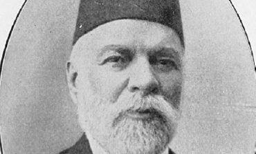 """DOSSIER/ """"Futi në Shqipëri 50 mijë armë dhe 5 mln fishekë"""". Ja çfarë shkruante shtypi për Ismail Qemalin në 1909"""