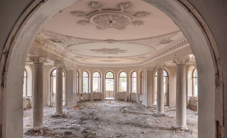 """BRENDA """"RIVIERËS SOVJETIKE""""/ Resorti i braktisur që preferohej nga Stalini (FOTO)"""
