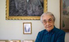 FOTOALBUMI/ Vdes Nexhmije Hoxha. Kush ishte gruaja e diktatorit KOMUNIST. Pamjet kur nderonte si ZOGISTE