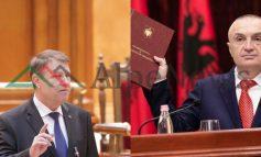 """""""PROTESTA PËR KUSHTETUTËN""""/ SHTATË të pavërtetat e Ilir Metës në krahasimin me Presidentin e Rumanisë!"""
