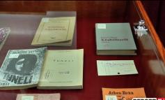 LIBRAT QË NUK JANË LEJUAR GJATË KOMUNIZMIT/ Studiuesi: Fillimisht u ndaluan elementët që konsideroheshin armiq (VIDEO)