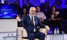 QYTETARI I PËRMEND DEBATIN ME GAZETARËT/ Rama: Po të ishim njësoj do kishim marr Noc Rrokun dhe jo 1.1 miliardë euro