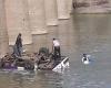 INDI/ Autobusi me dasmorë bie në lumë, humbin jetën 24 persona (FOTOT+VIDEO)