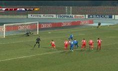 """GOLA DHE SPEKTAKËL NË KORÇË/ Skënderbeu """"thyen"""" Teutën. Koliçi pret penallti në kohën shtesë (VIDEO)"""