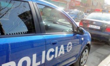 LËVIZTE ME ARMË ZJARRI ME VETE/ Arrestohet në flagrancë 19-vjeçari në Durrës