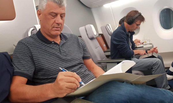 KURTI FTON THAÇIN NË TAKIM/ Por presidenti e injoron, udhëton drejt Gjermanisë