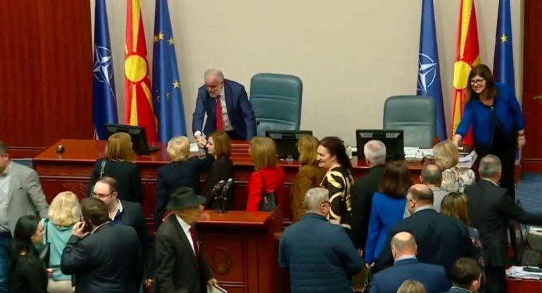 ZGJEDHJET E PARAKOHËSHME/ Shpërndahet parlamenti i Maqedonisë së Veriut