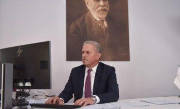 KORONAVIRUSI/ Drejtori i Doganave: Furnizimi nga importi vijon rregullisht (FOTOT)