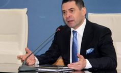 """BIZNESI I VOGËL KA 60 MIJË TË PAPUNË/ Ahmetaj: Nga nesër nis aplikimi për shpërndarjen e parave """"cash"""""""