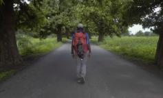 """KORONAVIRUSI/ """"Maratonomaku"""" përshkon 215 km në këmbë për të shkuar në shtëpi, vdes rrugës"""
