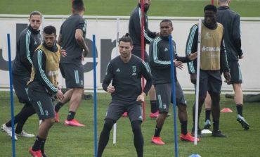 KORONAVIRUSI/ Juventus në fushë, stërvitje e rregullt për Cristiano Ronaldo