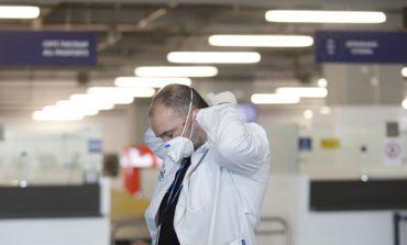KORONAVIRUSI/ A mundet që një maskë të ndalojë bartjen e virusit? Ja disa fakte rreth COVID-19