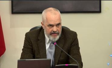 """""""KINI BESIM""""/ Rama tjetër mesazh shqiptarëve: Do jemi krenarë se si dolëm nga kjo luftë e mallkuar (VIDEO)"""
