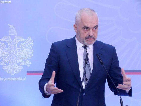 KORONAVIRUSI/ Rama mesazh sensibilizues shqiptarëve: O ju njerëz, kolera është si zjarri i ndrezur, ndaj përhapuni