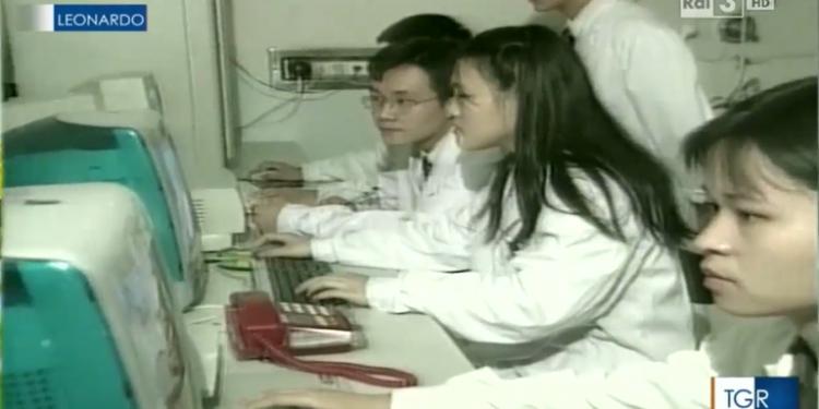 ZBULIMI SHOKUES/ Emisioni italian i vitit 2015: Kinezët po shartojnë qelizat e lakuriqit të natës me SARS