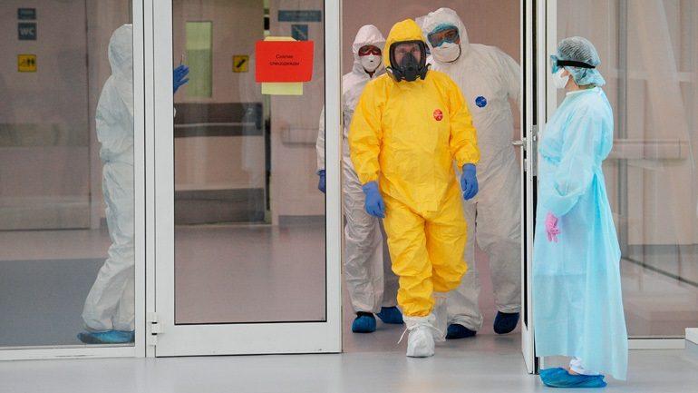 """KORONAVIRUSI/ Bota nën """"kthetrat"""" e COVID-19: 21,291 viktima dhe 471,802 të infektuar"""