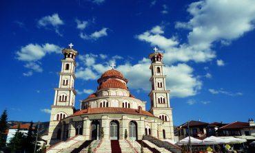 KOMENTET/ Turistja maqedonase mahnitet nga Katedralja e Korçës: Kishë moderne dhe mbresëlënëse. Vlerat...