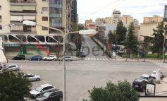 """SHQIPËRIA NË SHTETRRETHIM/ Durrësi """"HESHT"""", ja pamjet e qytetit sot"""