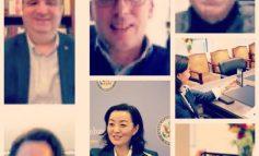 """""""FALEMINDERIT QË I MBANI QYTETARËT TË SIGURT""""/ Yuri Kim mbledhje online me disa Kryetarë të Bashkive"""