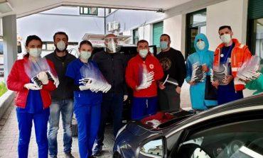 MASKA FALAS PËR MJEKËT/ Biznesmeni bën gjestin e madh. Dërgon në spitalin e Durrësit... (PAMJET)