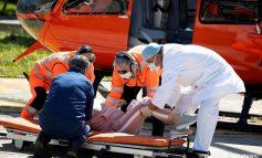 FOTOLAJM/ Si transportohet e sëmura me Covid-19 me helikopter drejt...