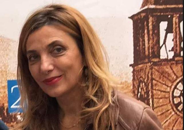 """TJETRI""/ Mimoza Ahmeti: Si u 'keqkuptua' me mua Nexhmije Hoxha"