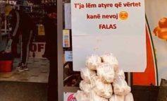 """""""UN DHE TI NDOSHTA KEMI...""""/ Gjesti i rallë i supermarketit në Durrës, dhuron FALAS..."""