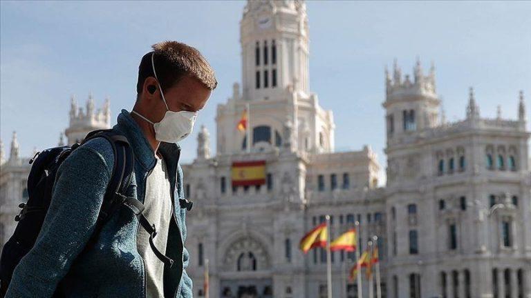 KORONAVIRUSI/ Spanja raporton numrin më të ulët të vdekjeve që prej 24 marsit, 157 mijë të infektuar