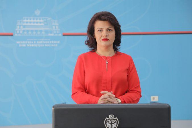 BIE SËRISH NUMRI/ Ja sa raste POZITIVE u shënuan sot në Shqipëri