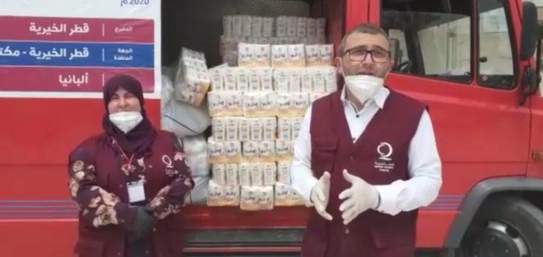 FESTA E FITER BARJAMIT/ Katari i dhuron pako ushqimore 300 familjeve në Berat