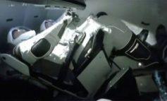 PAS 9 VITEVE PAUZË/ Kapsula e SpaceX mbërrin në Stacionin Hapësinor Ndërkombëtar
