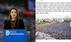 """""""GAFA"""" E ORIOLA PAMPURIT/ E quan Shqipërinë popull të varfër të privuar nga feja (?!) Vërshojnë KOMENTET e qytetarëve"""