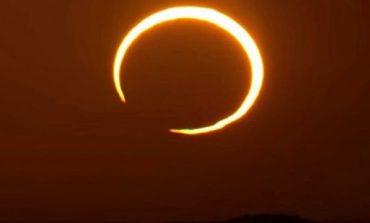 UNAZA E ZJARRIT/ NASA shpërndan pamjet e eklipsit diellor