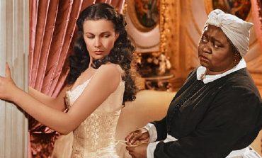 """PROTESTAT ANTI RACIZËM/ Rrjetet amerikane heqin nga listat filmin klasik """"Bashkë me erën"""""""