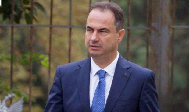 Skema opozitare për të gjobitur bizneset e mëdha: Basha hedh në sulm ish deputetin Luçiano Boçi