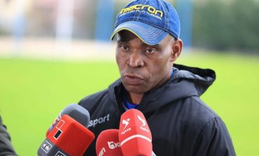 SITUATA KAOTIKE NË PRAG TË NDESHJES BYLIS-TIRANA/ Trajneri Egbo: S'ka shanse të luhet nëse dalin edhe lojtarë të tjerë pozitiv