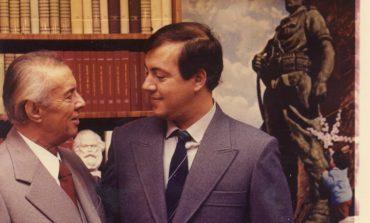 ILIRJAN BLLOSHMI/ Jepini një shtëpi Ilir Hoxhës!