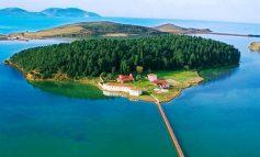 DESTINACIONI I DITËS/ Zvërneci turistik, me bukuri të shumta që nuk duhet lënë pa vizituar (PAMJET)
