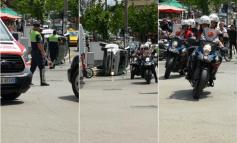 """AKSIDENT NË TIRANË/ Përplasen dy makina tek """"5 Maji"""", përmbyset njëra prej tyre (FOTO)"""