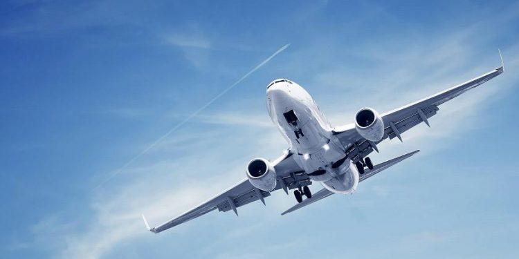 VIJON KONFLIKTI ME KINËN/ SHBA pritet të ndalojë fluturimet që nga 16 qershori