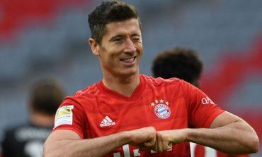 KA THYER REKORD PAS REKORDI KËTË SEZON/ Lewandowski shpallet lojtari më i mirë i Bundesligas. Ja cilët la pas
