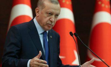 COVID-19/ Erdogan heq tërësisht shtetrrethimin e vendosur për çdo fundjavë